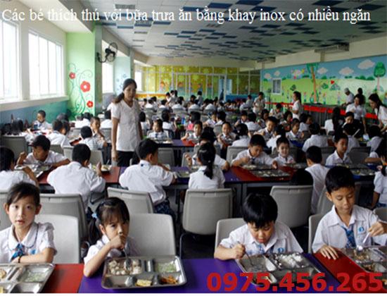 khay ăn dùng cho học sinh