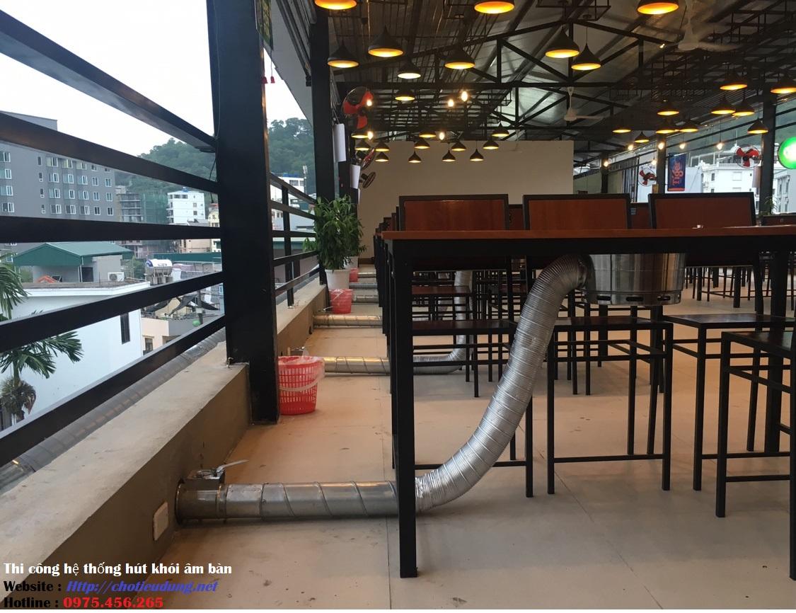 Thi công lắp đặt hệ thống hút khói âm bàn nhà hàng kiểu ống nổi trên sàn nhà